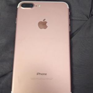 IPHONE 7 Plus NEW NO SCRATCHES AT ALL ALWAYS IN CASE for Sale in Hartford, CT