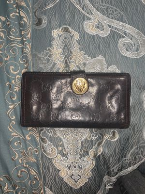 Authentic Gucci wallet for Sale in Elmendorf, TX