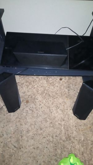 Sony Blueray/bluetooth surround sound for Sale in Wichita, KS