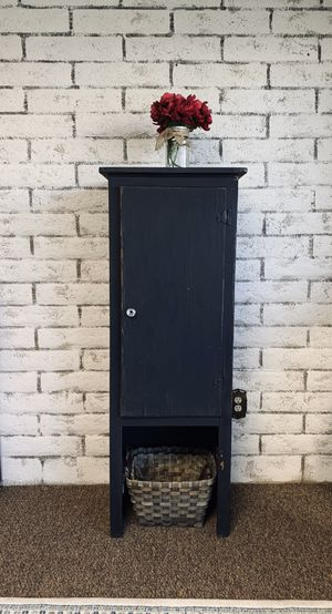 Rustic tall cabinet for Sale in Peoria, AZ