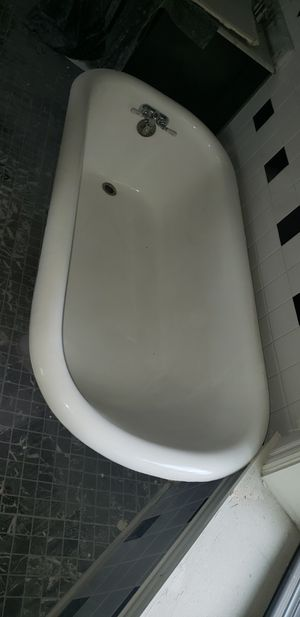 Clawfoot Tub for Sale in Chicago, IL