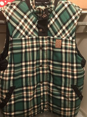 LRG Plaid Puffer Vest 2xl for Sale in Augusta, GA