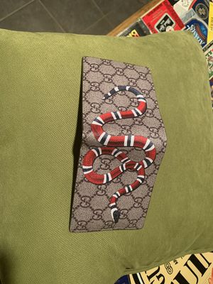 Gucci Beige GG Supreme Wallet for Sale in Williamsport, PA