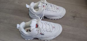 Kids Shoes Fila FW02936-111 Size US 2 white for Sale in Largo, FL