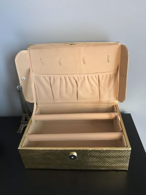 Jewelry Box for Sale in Fairfax, VA