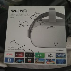 oculus go all in one vr headset for Sale in Houston, TX