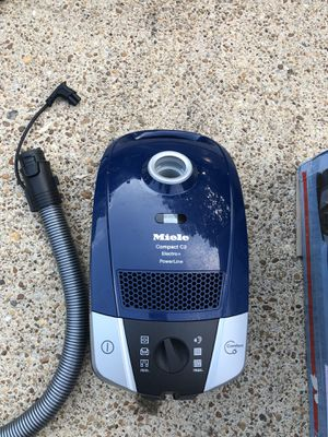 Miele C2 Electro Plus for Sale in Newport News, VA