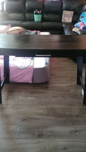 Black Desk for Sale in Hayward, CA