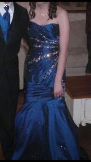 Navy blue prom dress for Sale in Homer Glen, IL