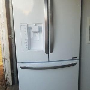 LG 3 Door Refrigerator for Sale in Fontana, CA