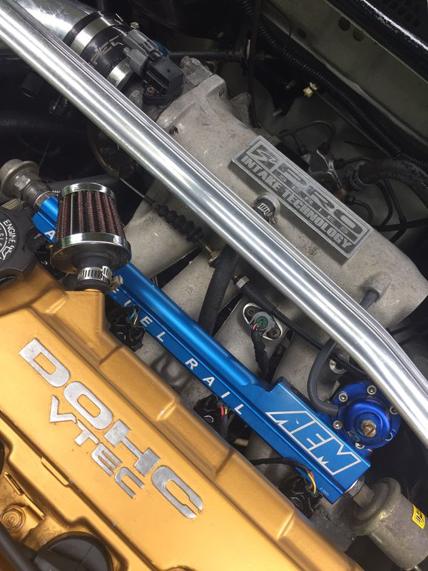 98 Honda Civic LX sedan b20 cabeza gsr LS transmisión 2500$ negociable ho cambio x troca ?????