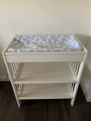Baby changing table for Sale in Miami, FL
