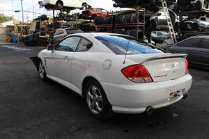 2006 Hyundai tiburon for parts only for Sale in Pompano Beach, FL