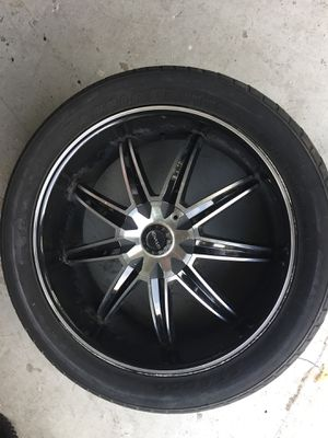 "Chrome & Black 22"" Rims for Sale in Land O Lakes, FL"