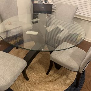 Kitchen Table, Chairs And Rug for Sale in Decatur, GA