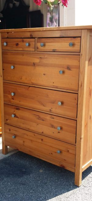 IKEA TALL CHEST OF DRAWERS DRAWERS SLIDING SMOOTHLY GOOD CONDITION for Sale in Fairfax, VA