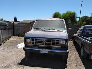 Ford Econoline 1988 just passed smog for Sale in Fresno, CA