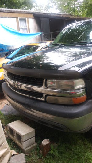 2005 Chevy suburban for Sale in PA, US