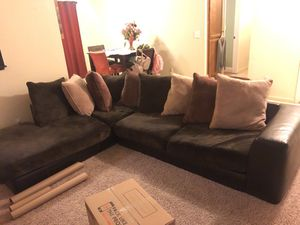 Sectional Couch for Sale in Tulare, CA