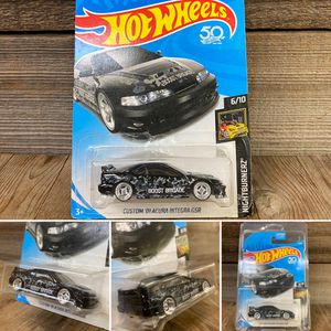 REPACKAGED CUSTOM 1/64 1:64 Scale '01 Acura Integra GSR (Lowered + camber with upgraded premium 4-spoke chrome wheels with step lip) for Sale in Santa Ana, CA