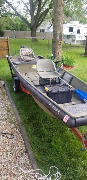 14ft Jon boat for Sale in Long Grove, IL