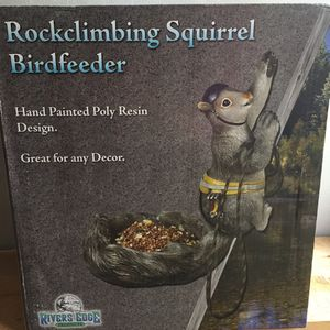 Bird feeder for Sale in Spanaway, WA