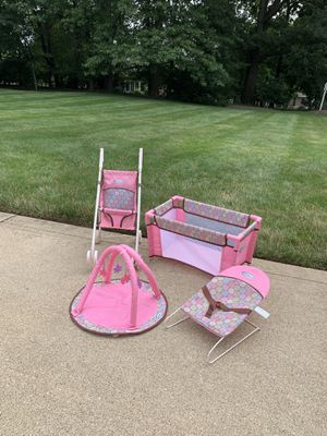 Graco doll playset for Sale in Canton, OH
