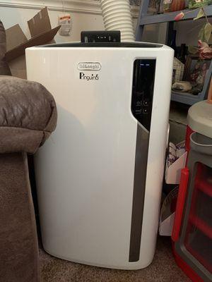 3 delonghi ac/heater units for Sale in La Habra, CA