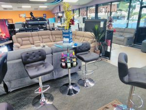 Bar with 2 seats for Sale in Fort Myers, FL