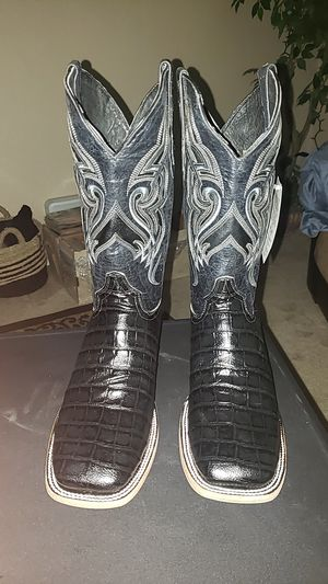 Alligator Print Leather Mens Boots for Sale in San Antonio, TX