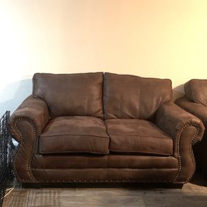 Suede Leather Sofa Couch FREE DELIVERY for Sale in Phoenix, AZ