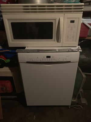 Microwave and dishwasher for Sale in Bradenton, FL