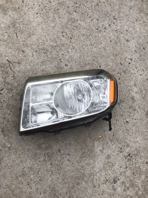 2011 Honda Pilot headlight for Sale in Brooklyn, NY