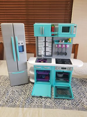 """Kitchen play set for 18""""dolls, size 21x19 inch. for Sale in Albuquerque, NM"""