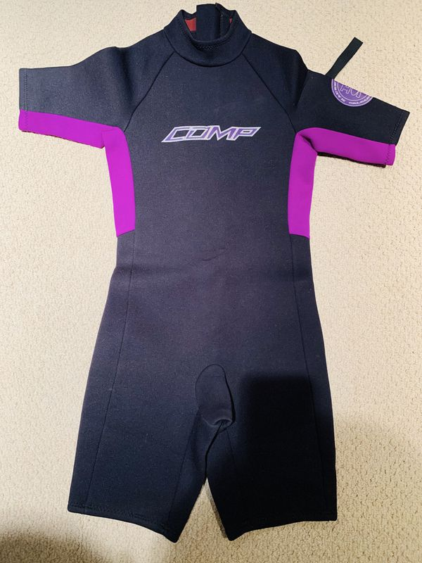 Junior/Kids Shortsleeved Wetsuit Size 16 preowned good condition