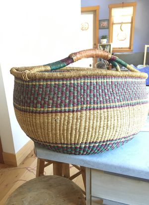 """24"""" extra large woven market basket leather handle colorful for Sale in La Habra Heights, CA"""
