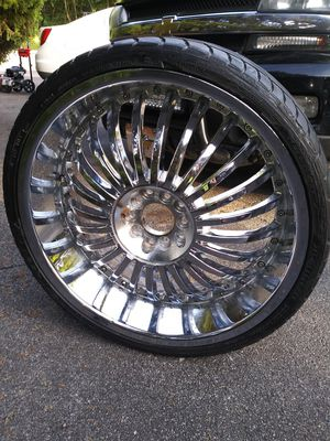 20 in 5 lug universel low profile rims for Sale in Selinsgrove, PA