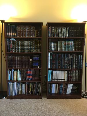 Set of 2 Bookshelves brown wood for Sale in Minneapolis, MN