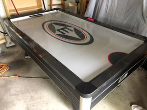 Easton Air Hockey table for Sale in Leander, TX