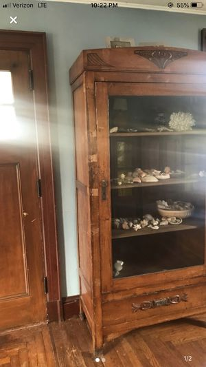 Antique French Cabinet for Sale in Metuchen, NJ