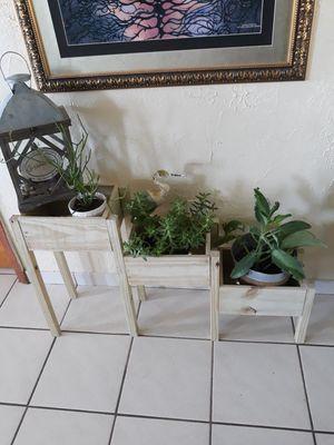 3 tiers planters for Sale in Miami, FL