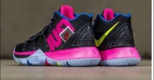Nike kyrie 5s JDI for Sale in Haines City, FL