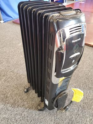 Honeywell branded portable heater, for Sale in Chicago, IL