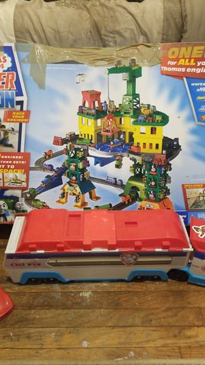 Toys Thomas & friends super station for ages 3 &up for Sale in Philadelphia, PA