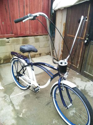 "26"" Schiwinn Point Beach Cruiser Low Rider For men for Sale in Santa Fe Springs, CA"