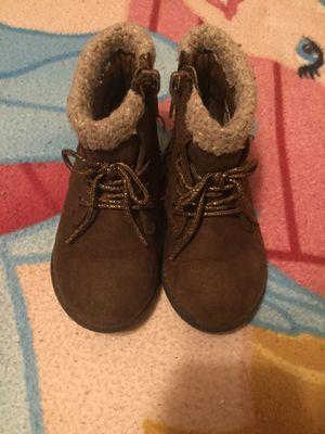 LITTLE GIRLS BROWN BOOTS SIZE:6 for Sale in San Bernardino, CA
