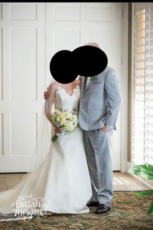 Wedding dress for Sale in Tampa, FL