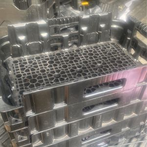 Trays for Sale in Columbia, SC