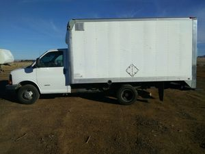 2004 Chevy cutaway box van for Sale in Gilbert, AZ