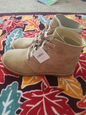 Womens American eagle boots size 7 for Sale in Dallas, GA